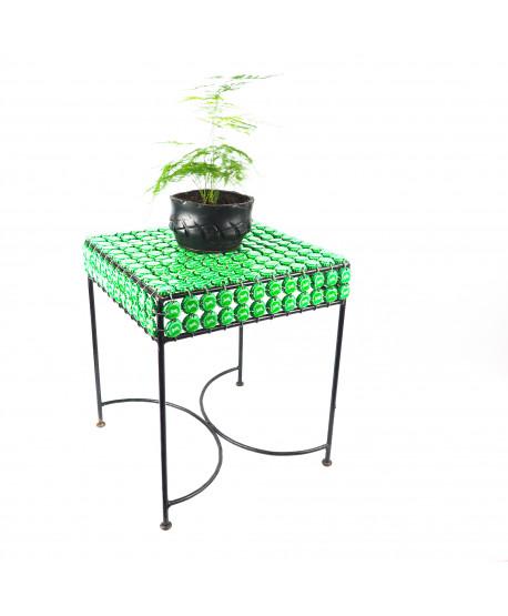 Table basse carrée en capsules métalliques
