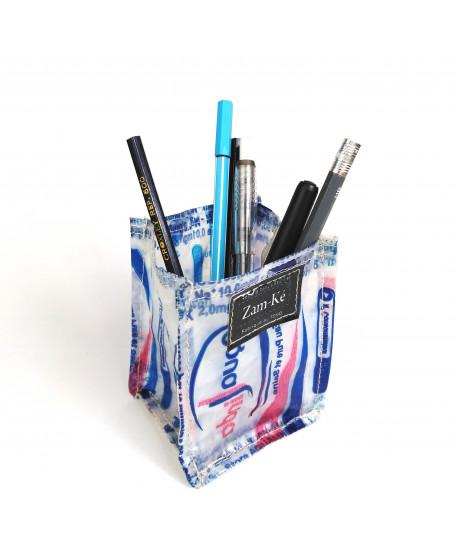 Pot à stylos en poche d'eau